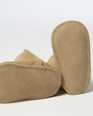 Fareskind-cozy-baby-booties-image3-300ppi
